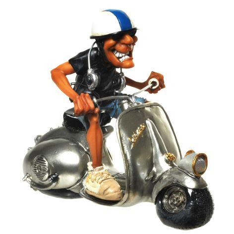 Deko Figur aus Polyresin Vespa Fahrer mit Kopfhörer 16x2...